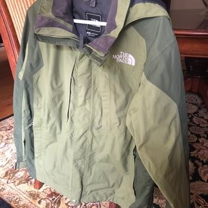Men's The North Face jacket- Medium